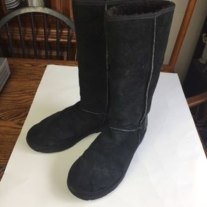 Men's Tall UGG Boots Sz 12 Black Suede